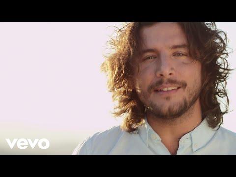 Manuel Carrasco - No Dejes De Soñar (Video Oficial)