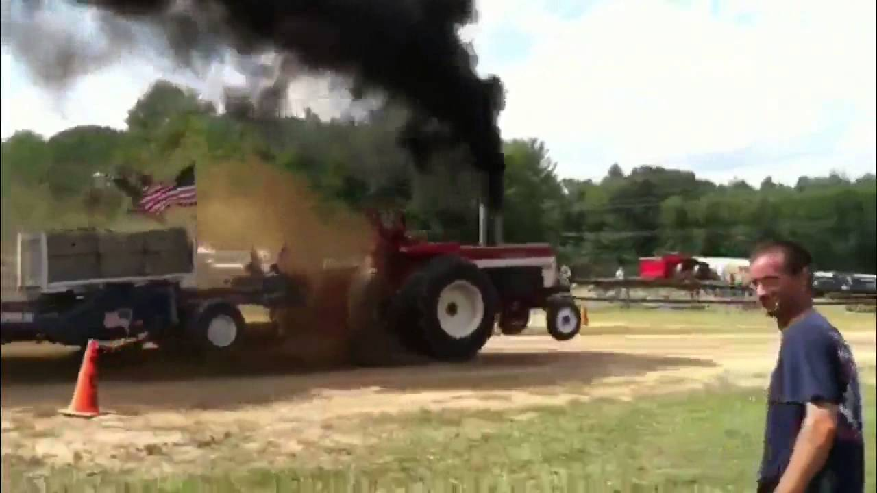 Ih Super Stock Pulling : Ih tractor pull youtube