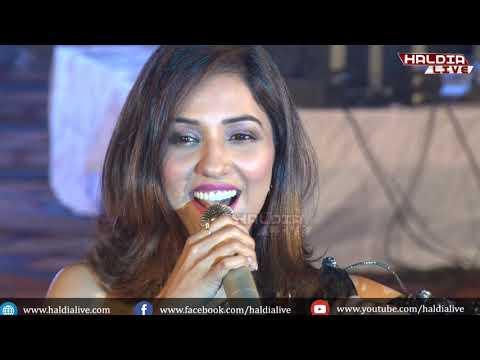 London Thumakda.. , Neeti Mohan Live Performance At Haldia Mela 2019