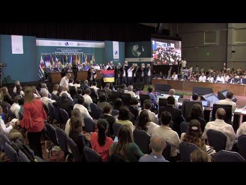 Manifestantes por Venezuela irrumpen en sesión de OEA en México