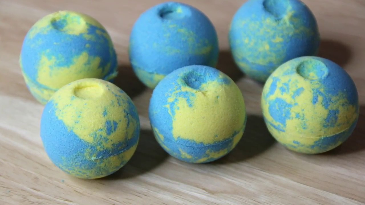 Making Multi Colored Bath Bombs Diy Bath Fizzies