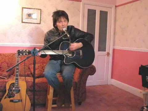Paul McCartney PLAYS THE UKULELE Honey Pie Doovi