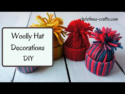 HOW TO MAKE A MINI YARN HAT CHRISTMAS DECORATION - Super Easy way to use up yarn scraps