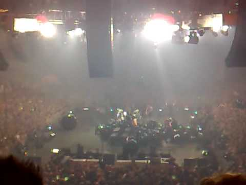 "Metallica - ""Seek And Destroy"" (Live Copenhagen Forum, Denmark 23 July 2009)"