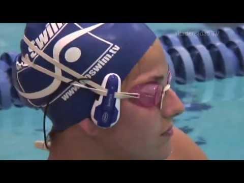 Lentes para natación con MP3 y auriculares por transducción ósea