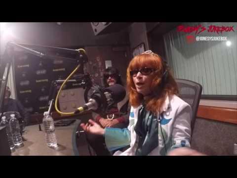 Linda Ramone In-Studio on Jonesy