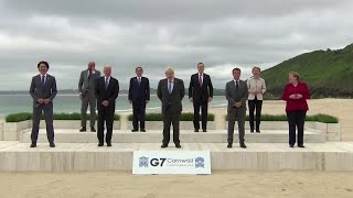 World leaders pose for 'family photo' at G7 summit