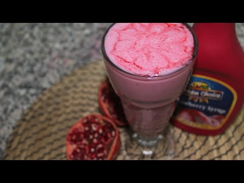 Oh-So-Sweet Strawberry Pomegranate Smoothie