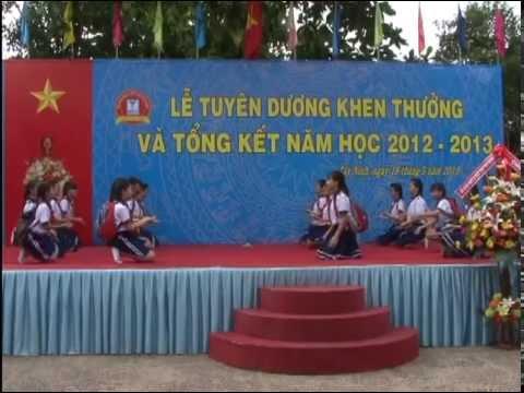 Lễ Tuyên dương khen thưởng và Tổng kết năm học 2012 - 2013