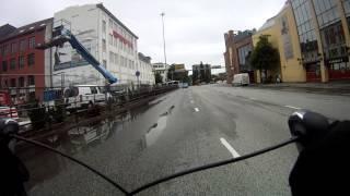 Rødlyssyklist. og laksesyklist i Lars Hilles gate