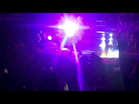 Justin Bieber-Baby featuring Akon LIVE in Atlanta