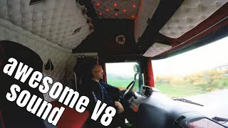 #35 Best Scania sound ever! Scania R500 with open pipe. Amazing V8 sound!