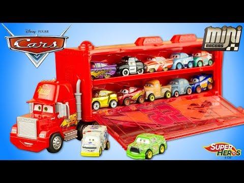 Disney Cars Mini Racers Mack Camion Transporteur 20 Voitures Flash McQueen Toy Review