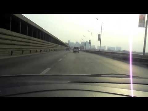 ШАЛЕНИЙ ТАКСИСТ лихой таксист едет домой