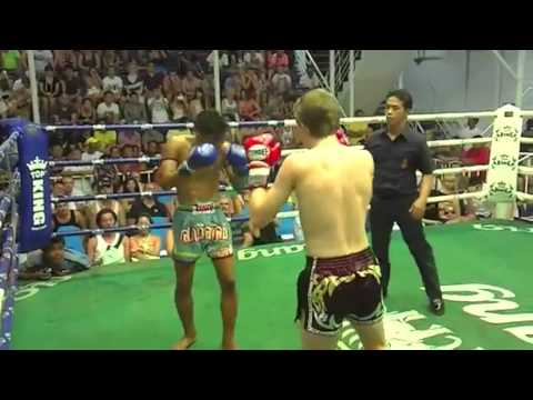 14 year old Dylan Barsley in his first Muay Thai fight – Phuket Top Team