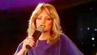 Watch Bonnie Tyler My Guns Are Loaded video