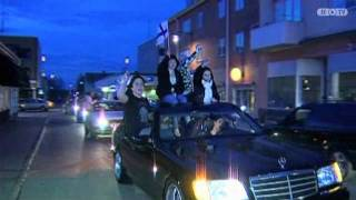 Finnish people partying in Haparanda after hockey match against Sweden!