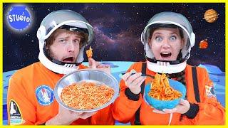 ASTRONAUT FOOD VS REAL FOOD CHALLENGE!!!