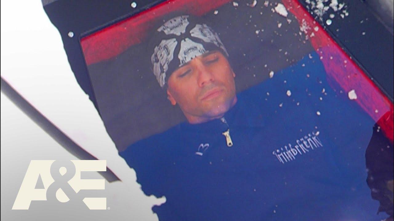 Download Criss Angel Mindfreak: Buried Alive In Snow 'White Death' Trick (Season 5) | A&E