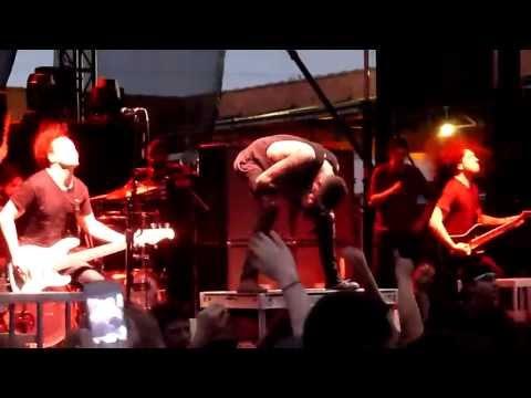 Of Mice & Men - The Flood - Live HD 4-26-13