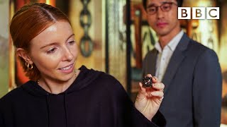How many spycams can Stacey Dooley find in a love motel bedroom?   BBC