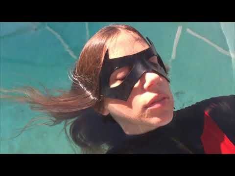Batwoman: Drowning Joke (Fan Film) Teaser #1