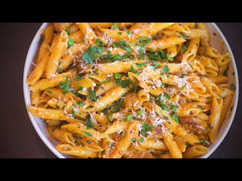 Penne Pasta With Italian  Sausage And A Creamy Tomato Sauce (Easy Pasta Recipe)