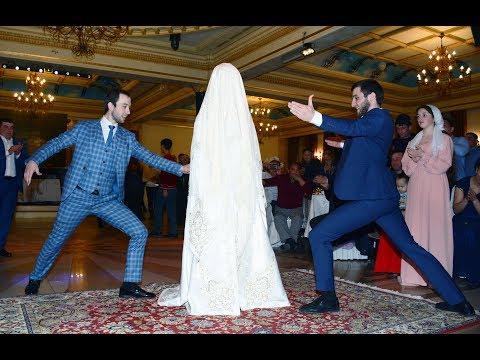Очень интересная  Балкарская свадьба в Алматы (традиции выход невесты обряд)
