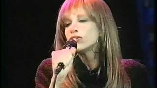 Watch Carly Simon Spring Will Be A Little Late This Year video