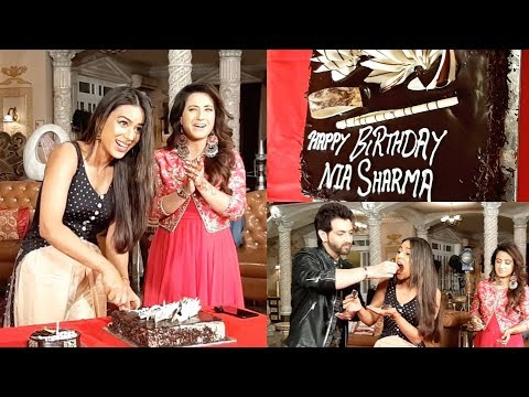 Nia sharma celebrates her birthday with cast and crew of IMM thumbnail