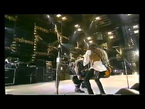 Guns 'n' Roses - Knocking On Heavens Door