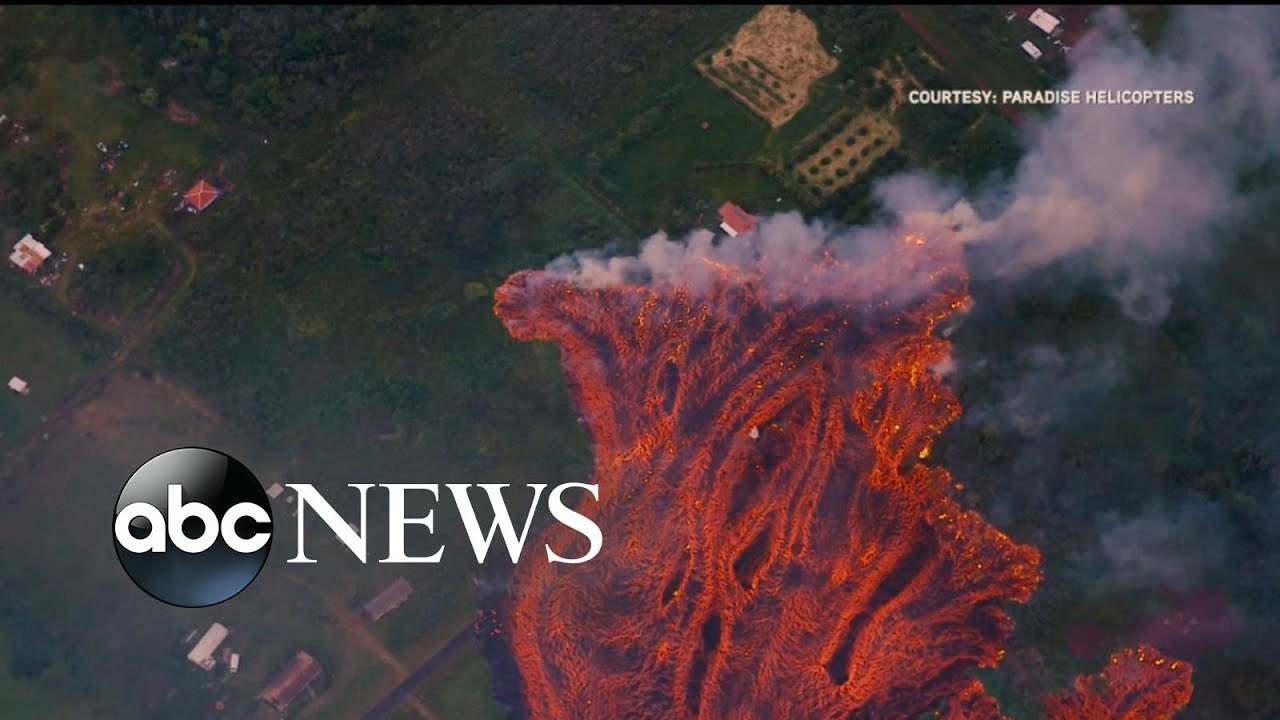 the-first-lava-flows-from-kilauea-reaching-pacific