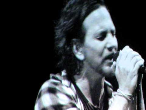 Pearl Jam -  Black           Live at Curitiba  09/11/2011