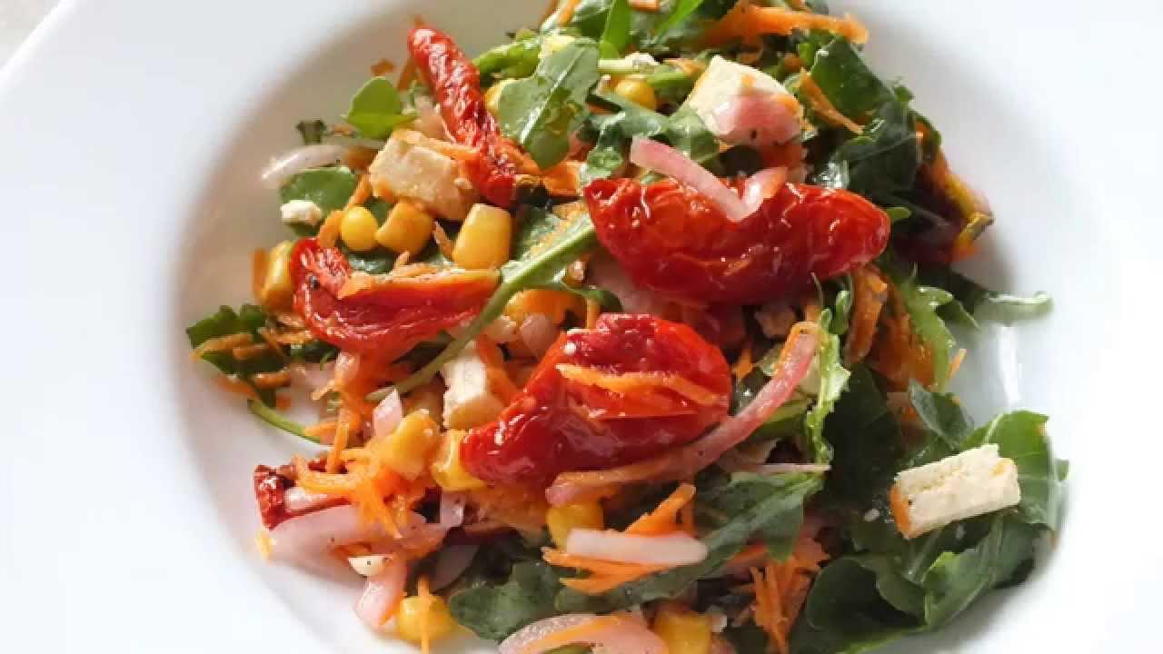 салат с вялеными помидорами и руколой рецепт