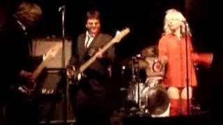 Bootleg Blondie Perform - X Offender