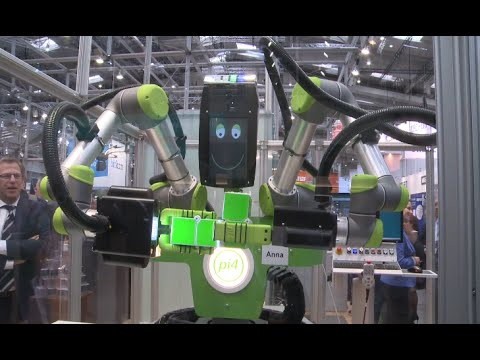 Robots in Spotlight at Trade Show in Hannover
