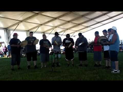 NDN Creek @ Seven Clans Powwow 2017 (4)