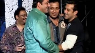 Salman Khan has fun with Mithun Chakraborty & Sanjay Dutt