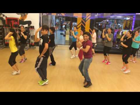 1234 Get  The Dance floor  Chennai Express  Bollywood Dance Fitness  Master Deepak