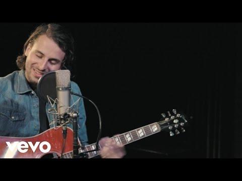 Bobby Bazini - C'est La Vie (Live on the Honda Stage at the Thom Thom Club)