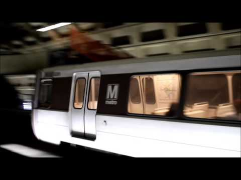WMATA Metro Rail Silver and Orange Line Action at Farragut West
