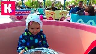 Париж День 2 Диснейленд катаемся в чашках летаем на слоне Дампо идём на парад Disneyland Park Paris(2 Диснейленд Парк (Франция) Идем в парк по дороге зайдём в игрушечные магазины, гуляем по парку, покатаемся..., 2015-09-21T09:27:13.000Z)