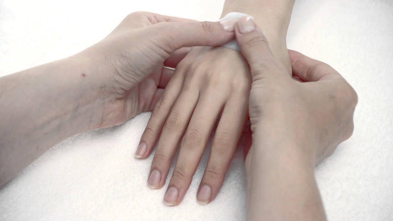 Essie Polska formuła profesjonalna. Odkryj profesjonalny zabieg manicure essie spa krok po kroku