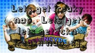 Brokencyde - Freaxx [Chipmunk Version]