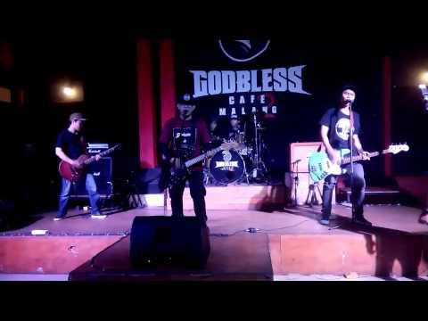 BRICKSET - PATH at GOD BLESS CAFE 2