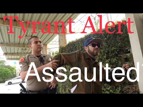 Nervous Deputy makes huge mistake ~ First Amendment Audit Bakersfield Sheriff ~ Fail