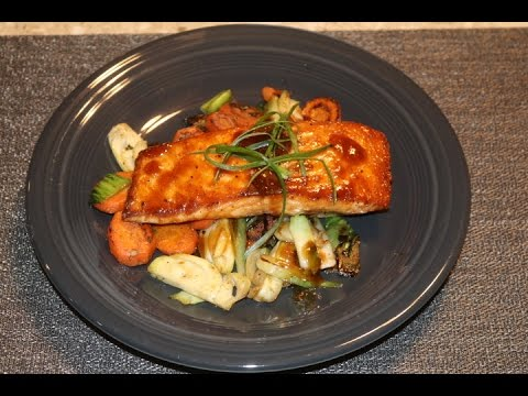 Home Chef Teriyaki Ginger-Glazed Salmon w/ Stir-Fried Bok Choy & Carrots