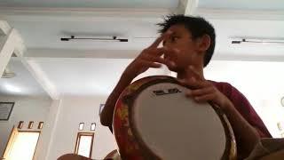 Download lagu Sholawat Lakum busro darbuka 1 MP3
