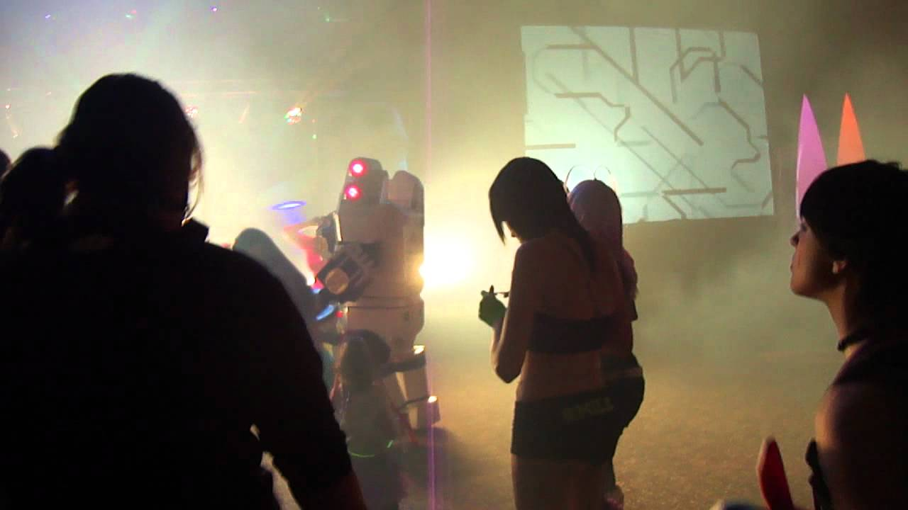 colossalcon 2012 - Rave