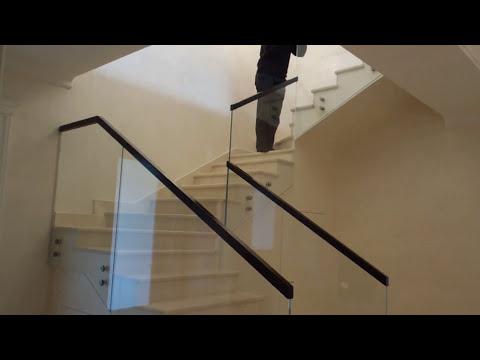Самонесущие стеклянные ограждения и перила из стекла Маршаг